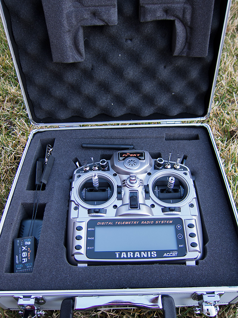 FrSky_Taranis_in_case